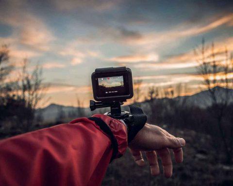 Travel Vlogging Best Cameras on Budget